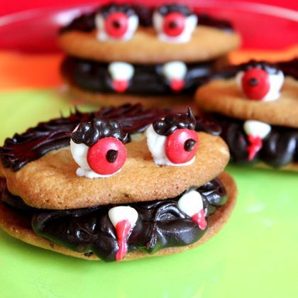 13 Spooky Dishes for Your 2013 Halloween Party #Halloween #dishes #treats #recipes