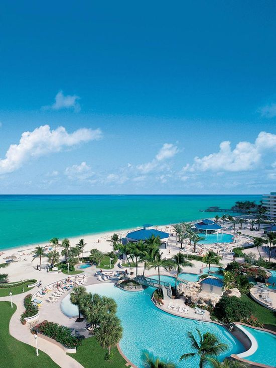 Sheraton Nassau Beach Resort - Pool