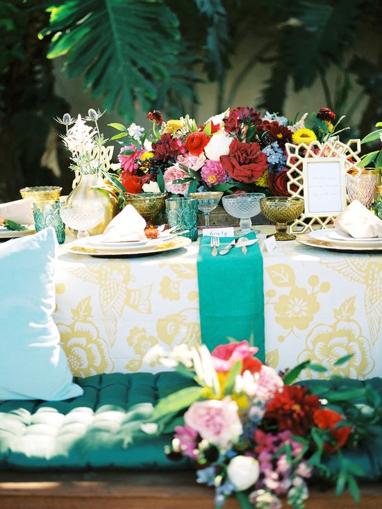 layers of gold and jewel tones #tablescape