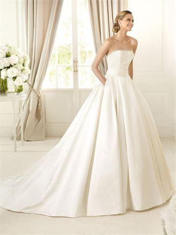 wedding dress w/ pockets!!! pinned by Libby