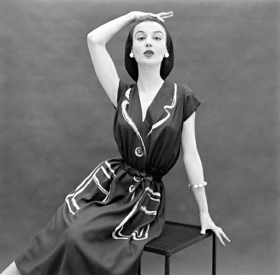 I so want a 1950s frock like this fantastic Hermes one with drawn on pockets, lapels, and buttons. So unique, stylish, and sweetly fun! #dress #couture #vintage #fashion #clothes #1950s