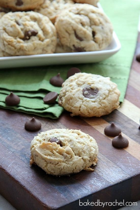 Vanilla Oatmeal Chocolate Chip Cookies