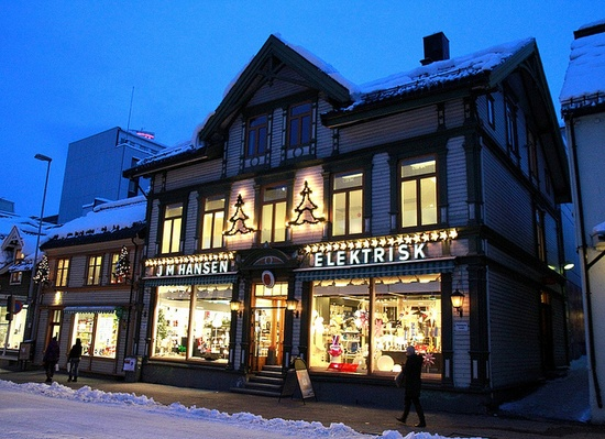 Tromso_Winter_027_m1_screen by pntphoto, via Flickr