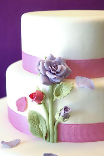 rose petals cake