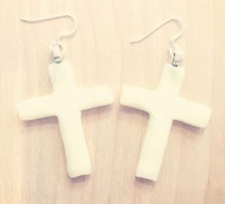 Featured Cross Handmade Jewelry Tutorials and Ideas