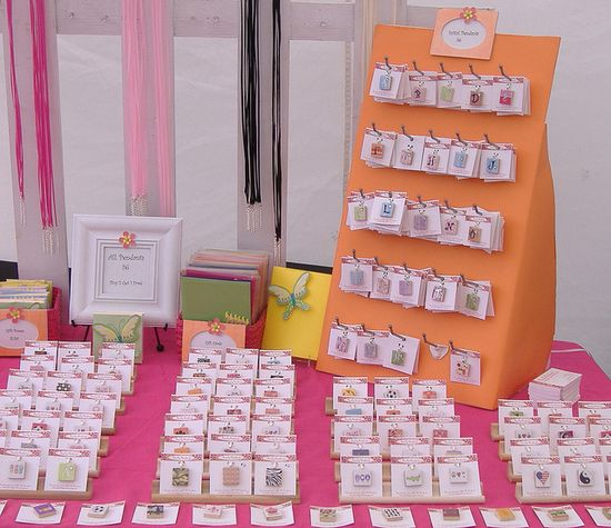 craft show booth display 6, via Flickr.