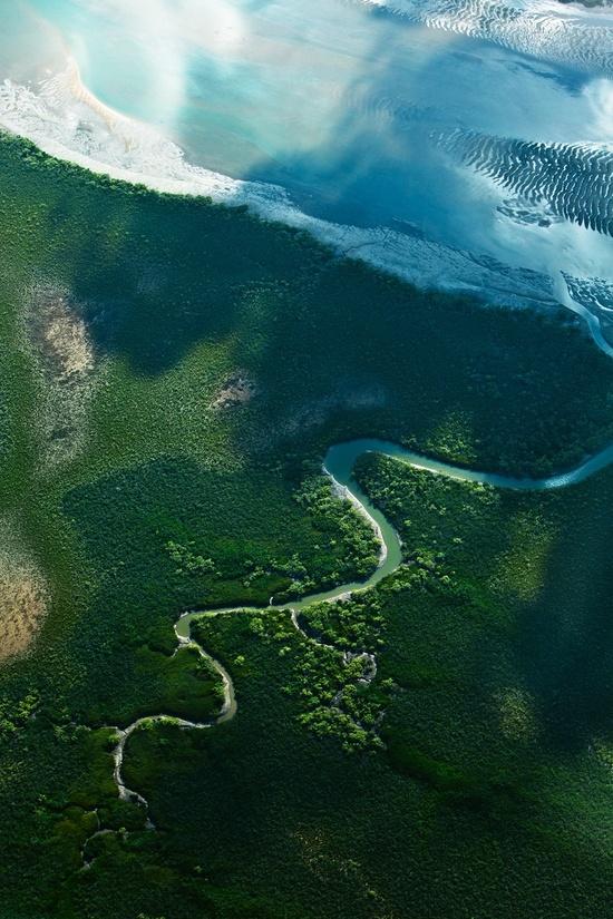 Scenic view of Queensland, Australia by Luke Shadbolt