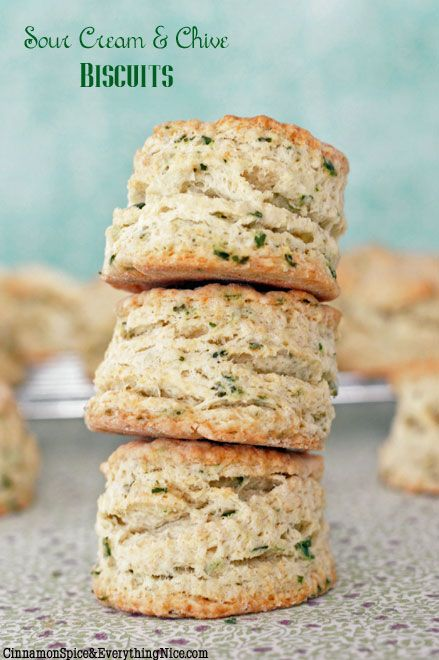 Well, we know what we're making to go along with dinner tonight! Sour Cream and Chive Biscuits.    #savory #biscuits #chives #dinner