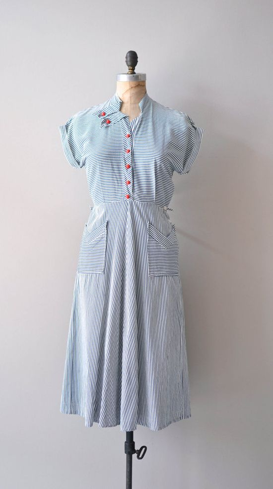 vintage 40s dress / nautical 1940s dress / Seafarer Stripe dress