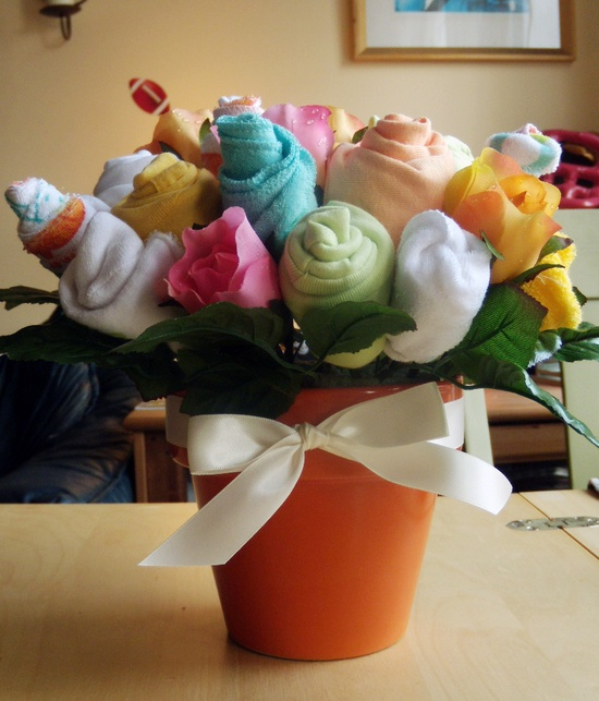baby shower bouquet with onsies