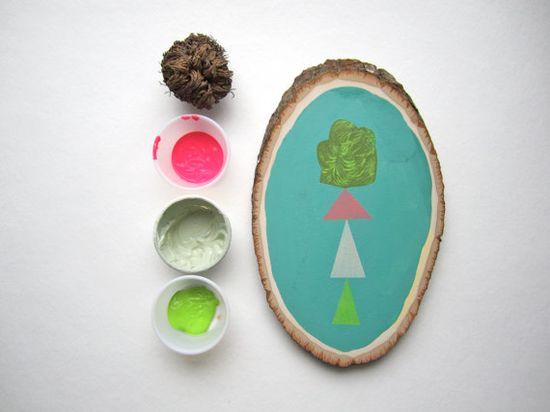 painting on tree slice
