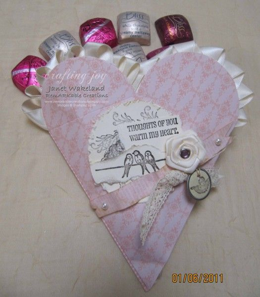 Flattened paper cone for a different look - Stampin' UP!'s Big Shot Petal Cone Die
