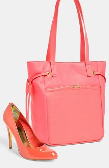 Melon handbag & pumps.