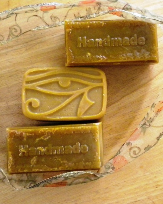 Super Neem Oil Handmade Soap - Neem soap is made from the oil of the neem tree fom India. The neem oil is the main ingredient of my soap. Neem oil does form the basis of the soap.  Neem oil has insecticidal properties, is antibacterial and anti fungal, soothing and moisturizing. Neem oil soap is a real treat for the skin