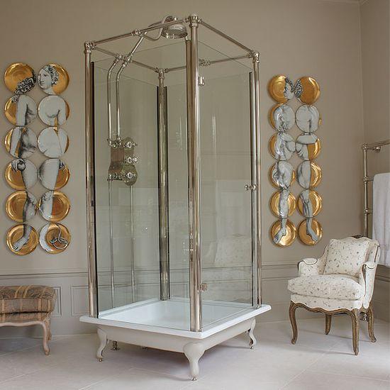 Free standing glass shower