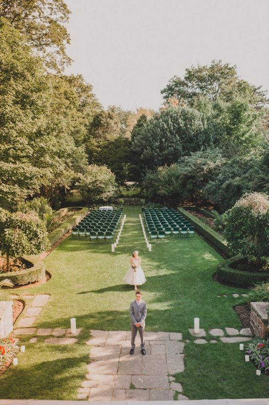 love this first look shot at the ceremony site from MangoStudios.com