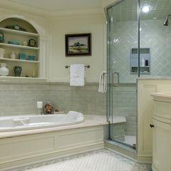 traditional bathroom by Kingsley Belcher Knauss, ASID