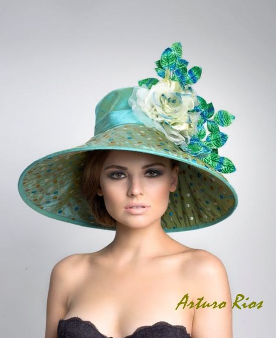 Couture Derby Hat found at ArturoRios on Etsy.