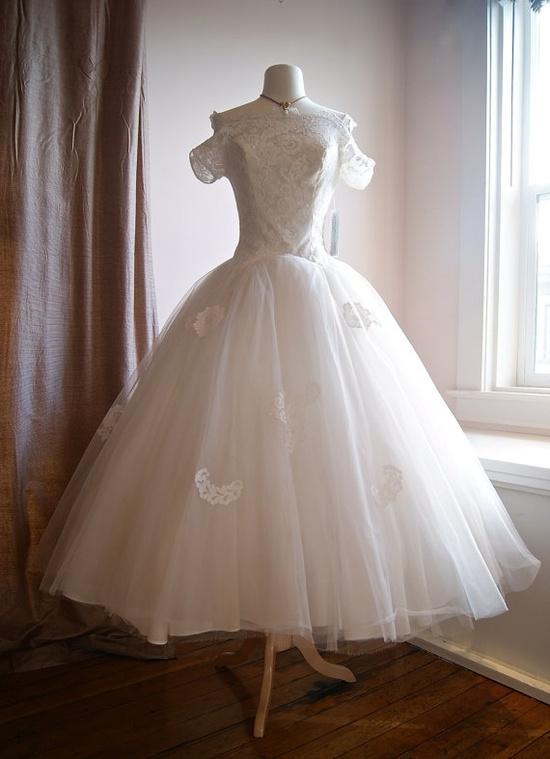 50s Wedding Dress // Vintage 1950s Short Sleeve by xtabayvintage, $698.00