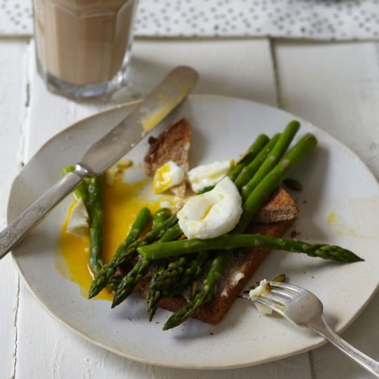 Poached Eggs over Asparagus on Toast (photo: Lauren Volo)