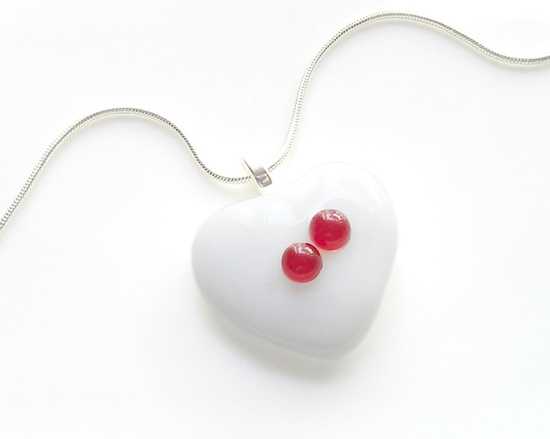 Snow White - Heart-Shaped Pendant Necklace by GlitterbirdGlass. $20.00,