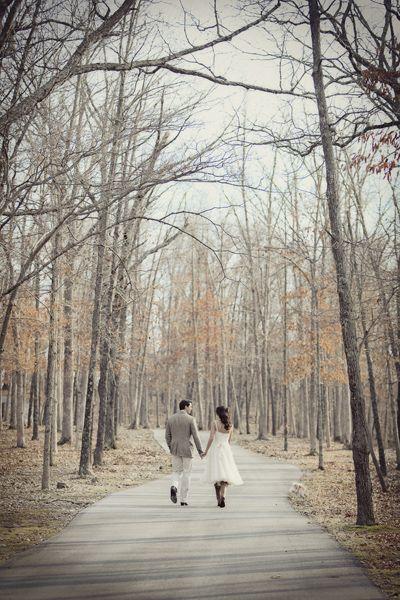 צילומי חתונה בסתיו הם אידאלים מבחינת תאורה טבעית