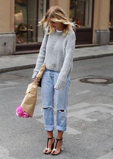 Boyfriend jeans + cozy sweater