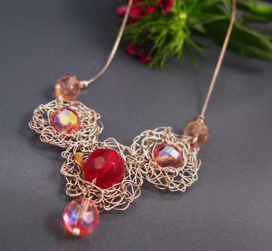 Crochet wire necklace