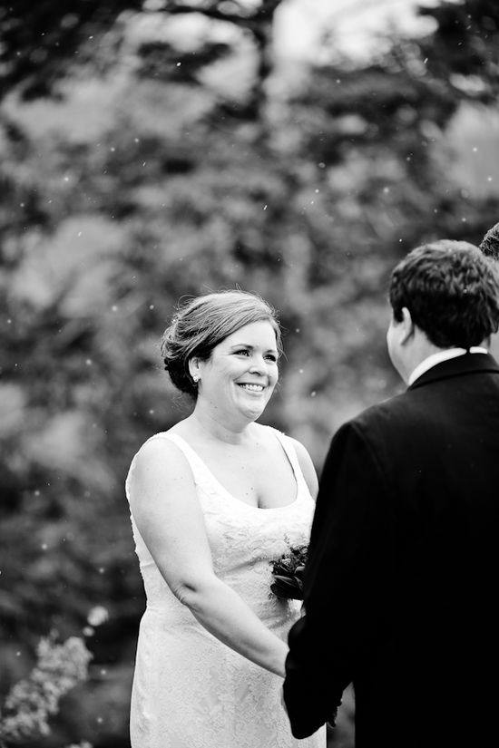 Wintery wedding photo / Becky Young Photography