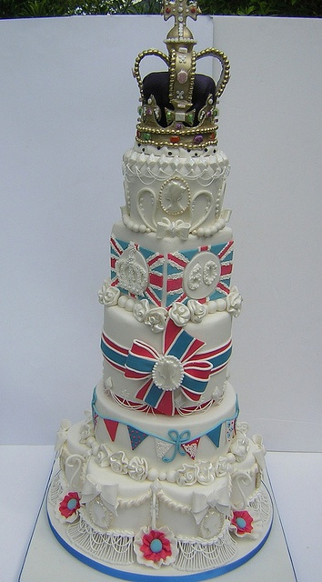 The Show piece by Osedo L Cakes, via Flickr