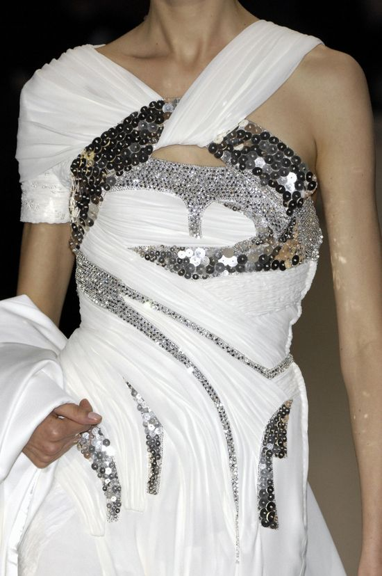 Givenchy Fall 2007 couture (a favourite repin of VIP Fashion Australia www.vipfashionaus... - Specialising in unique fashion, exclusive fashion, online shopping sites for clothes, online shopping of clothes, international clothing store, international clothes shop, cute dresses for cheap, trendy clothing stores, luxury purses )