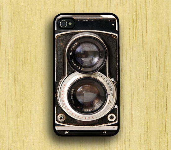 so cute and cheap I could have several....iPhone 4 Case Retro Twin Reflex Camera - $5.99, via Etsy.