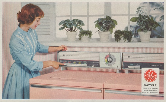 I want this pink 1959 GE washer and dryer set.