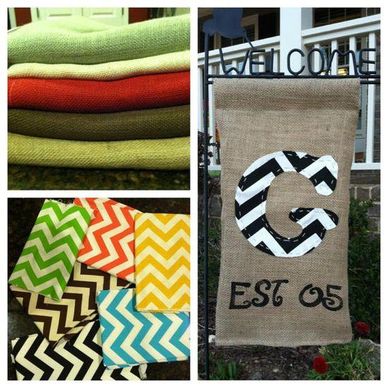 Burlap Garden Flag, so easy! Love this idea!
