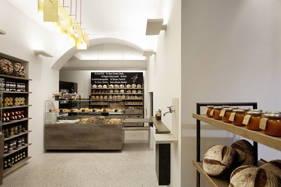 beautiful bakery in Vienna Lighting and contrast