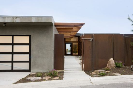 A modern twist on Japanese zen for Californian home #architecture #modern Asian #interior design See more great homes at www.designhunter.net