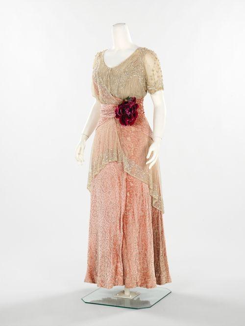 29-10-11 1912-14 evening dress