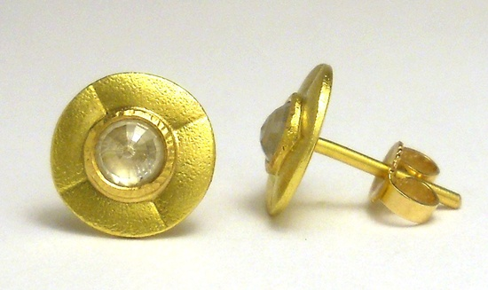 18K Gold Earrings with Rose Cut Diamonds (0.34 Carat)