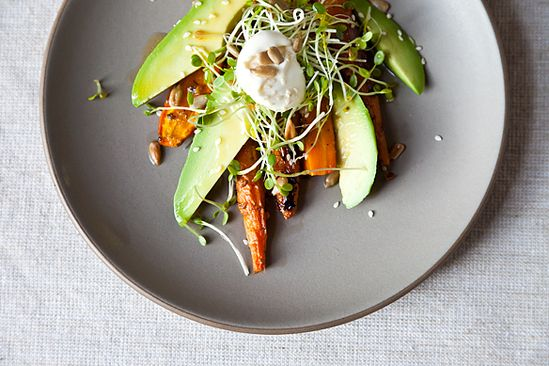 Carrot salad with avocado