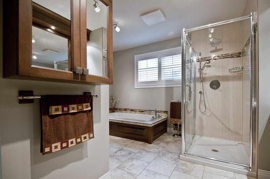 bathroom decorating ideas with floor tiles