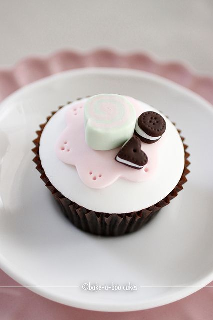 Tea party-close up cupcake by Bake-a-boo Cakes NZ, via Flickr
