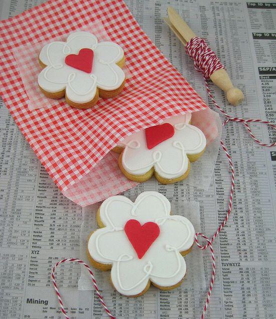 valentine heart cookie