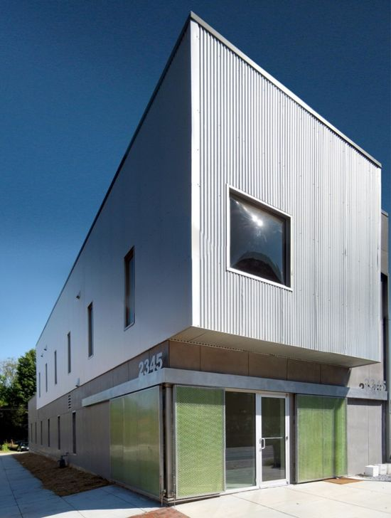 Building 2345 / Höweler + Yoon Architecture