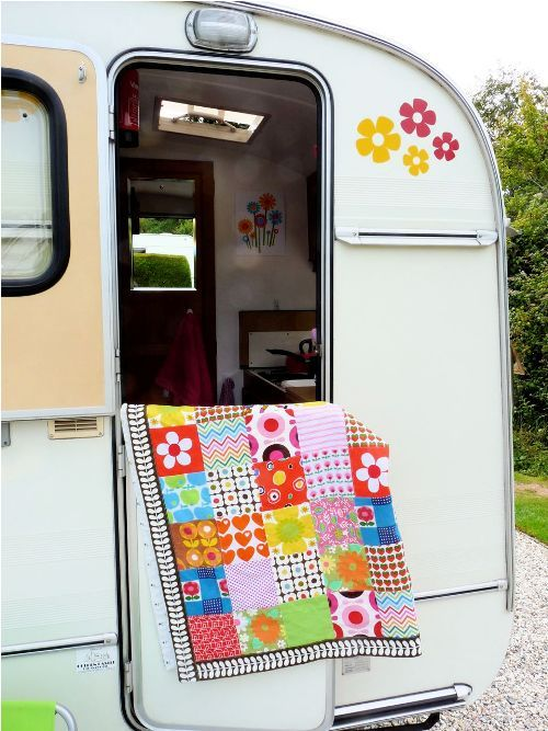 Travel trailer AND a quilt=love!
