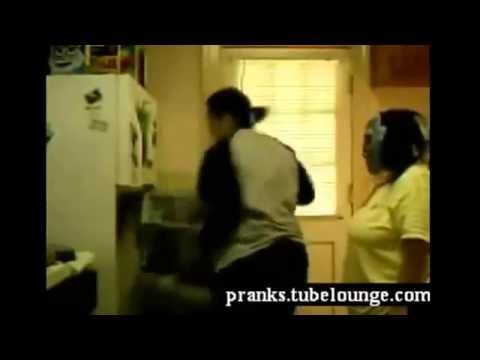 Funny _ Scary Pranks - 2013 HD.mp4 -