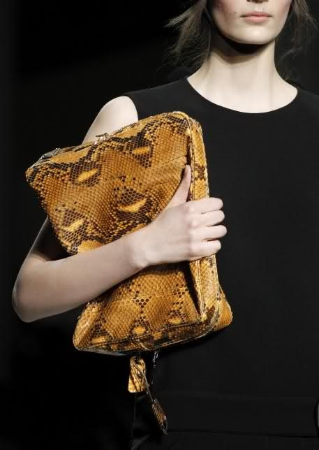 Prada #handbag