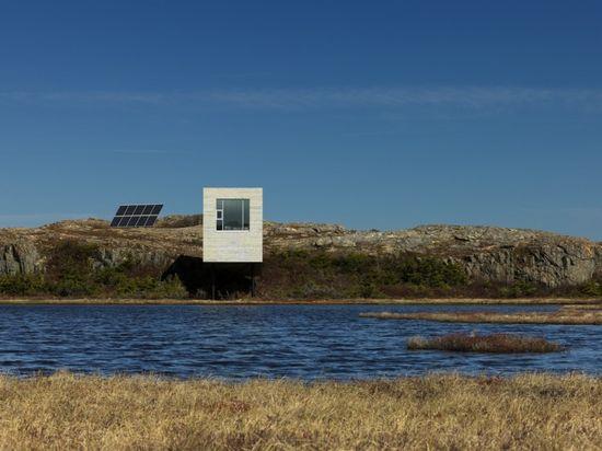 sea box ...  off the grid