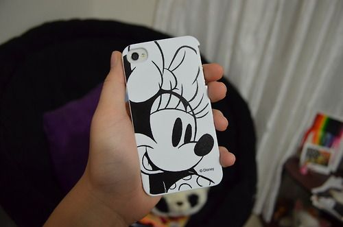 Minnie Mouse iphone case. ?
