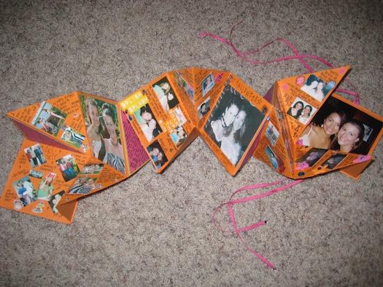 Mini Scrapbooks...  AKA: accordion scrapbooks, explosion scrapbooks, squash books