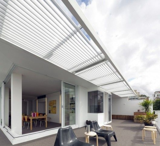 DOWN UNDER: Darling Point Penthouse / Christopher Polly Architect. 3/29/2012 via ArchDaily